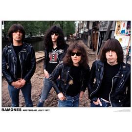Ramones - Amsterdam - Juillet 1977 - AFFICHE / POSTER envoi en tube - 59x84 cm