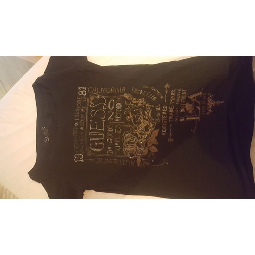 T shirt <strong>guess</strong> taille l