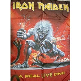 drapeau Iron Maiden : A real live one 760 x 1050 mm