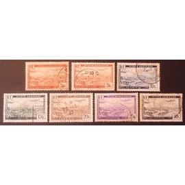 algérie poste aérienne Y&T N° 1 à 6 lot de 7 timbres (7 valeurs complet) cote 2 €