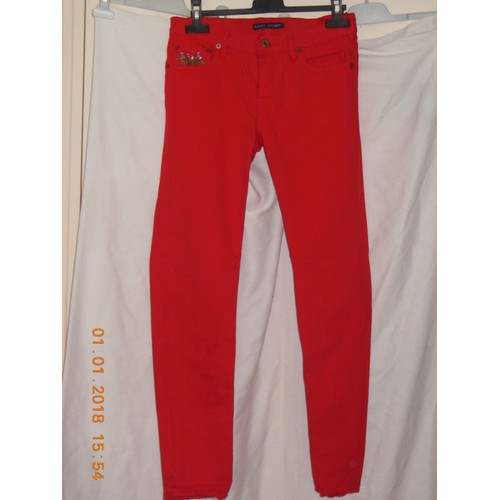 Jean <strong>ralph</strong> <strong>lauren</strong> rouge taille 25