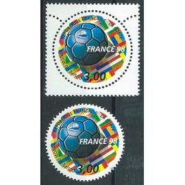 France 98. Coupe Du Monde De Football. Lot De Deux N° 3139 Année 1998