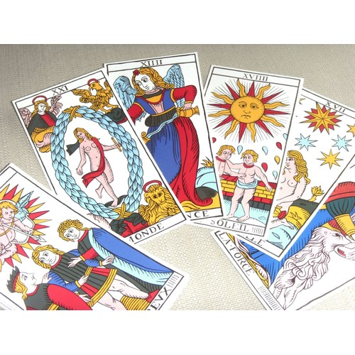 c6de8ccff85669 jeux de cartes voyance signification