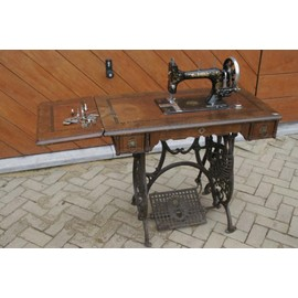 Machine a coudre ancienne 1900 d 39 occasion 30 pas cher for Machine a coudre omega