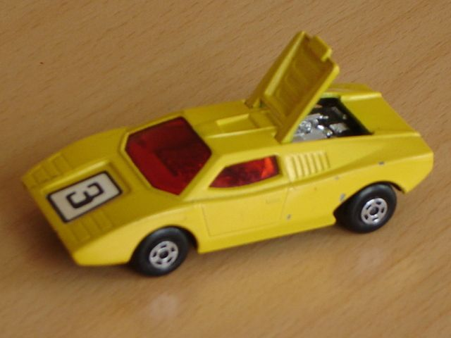 Voiture Matchbox Lamborghini Countach N°27