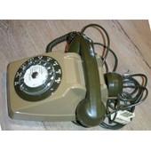 Telephone ancien a cadran VERT