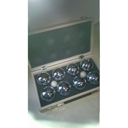 8 boules de p tanque obut coffet en bois achat et vente. Black Bedroom Furniture Sets. Home Design Ideas