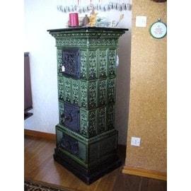 poele faience d occasion plus que 3 exemplaires 65. Black Bedroom Furniture Sets. Home Design Ideas