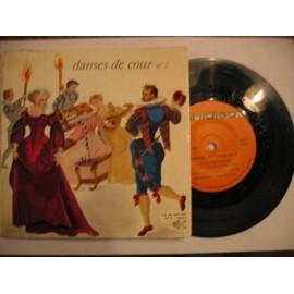 """danses de cour n° 2 branle de bourgogne /gaillarde / courante : passepied """" avec livret partition )"""