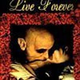 Live Forever (Box : Livret + Poster)