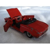 Dinky Toys - Peugeot 204 Cabriolet
