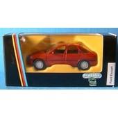 Ford Escort Ghia Berline 4 Portes Schabak Red 1/43 1990