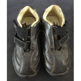 Chaussures A Scratch, Taille 26, Cuir Marron.