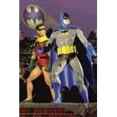 Ensemble Figurines Batman Et Robin Sur Diorama