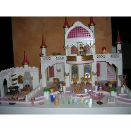 Occasion, chateau princesse Playmobil avec Pièces et personnages