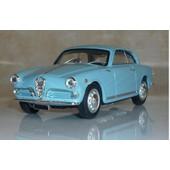 Alfa Romeo Giulietta Sprint Bleue