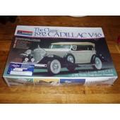 Maquette Monogram Usa (Ancienne) Auto Cadillac V6 - 1/24