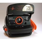 Polaroid 600 Extreme - Appareil Photo Instantan�