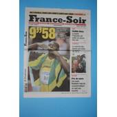 France Soir N� 20185: Usain Bolt - Record Du Monde Du 100 M/ Ch�teau De Chantilly / Dr House