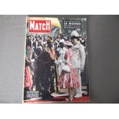 Paris Match N� 357 : L'alg�rie. Le Cosmos. La Reine Elizabeth En Afrique
