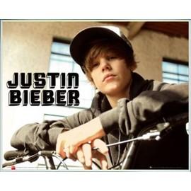 Mini Poster encadré: Justin Bieber - Bike, One Time (40x50 cm), Cadre Plastique, Blanc
