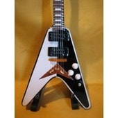 Guitare Miniature Scorpions * Michael Schenker Flying �V�