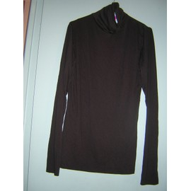 Sous-Pull D�contract 46/48.Viscose 95%,Elasthanne5%.