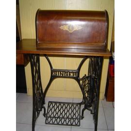Machine à coudre Singer ancienne