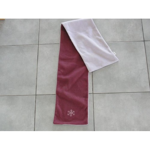 Echarpe, prix Echarpe - ShopandBuy.fr 6884c6a469e
