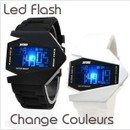 Montre Tendance Digitale Led Flash Multicolore Bracelet Silicone Forme Avion