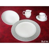 Service De Table Cafe Et Dessert En Porcelaine De Baviere 84 Pieces Neuf