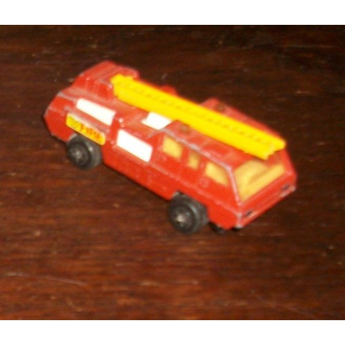 Lesney matchbox n°22 blaze buster de 1973 camion de pompier fire echelle jaune matchbox