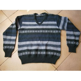 Pull Differents Bleus Taille 40 Marque Play Boy