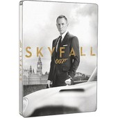 Skyfall - �dition Collector Limit�e Bo�tier Steelbook - Combo Blu-Ray + Dvd + Cartes de Sam Mendes