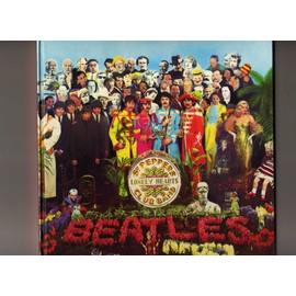 Album pour photos 20 pages Adhésives Fond Noir - Décor Beatles  St Pepper
