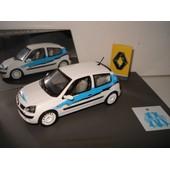 Universal Hobbies Renault Clio Om Olympique De Marseille Au 1/43�