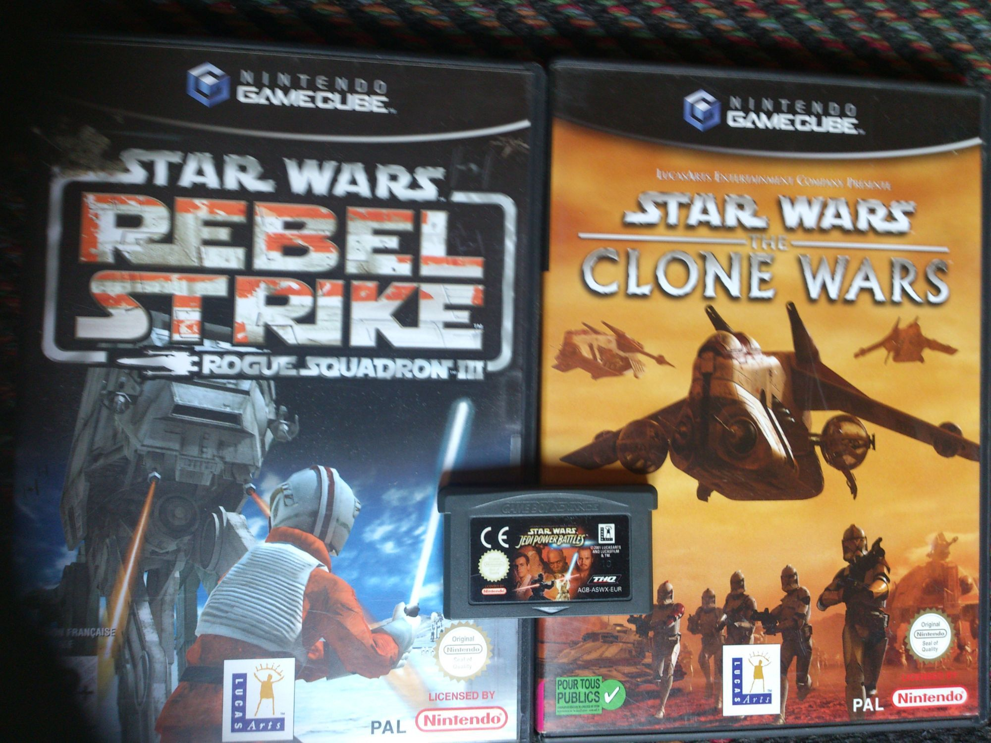 "Lot 2 Jeux Gamecube Star Wars ""The Clone Wars"" ""Rebel Strike Rogue Squadron Iii"" En Bonus Jeu Gba Star Wars ""Jedi Power Battle"""