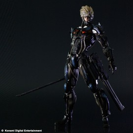 Metal Gear Rising Revengeance - Action Figure Raiden - Play Arts Kai Collection - 29 Cm