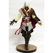 Assassin's Creed Ii - Ezio Auditore - Statue 22cm Ubisoft Attakus