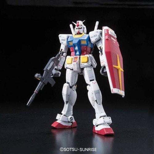 BANDAI MODEL KIT Rg Gundam Rx-78-2 1/144