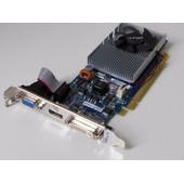 PNY GeForce GT220 1 Go DDR2 PCI-Express