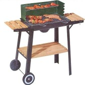 Tarrington House - Barbecue Chariot Sur Roues