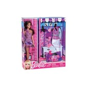 Barbie + V�tements Assortis Mattel