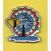 Pin's Pins Pin Braderie De Lille 92 Man�ge De F�te Foraine Grande Roue. Couleur 1, Coeur De La R�gion 59/62