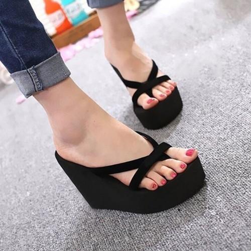 Isotoner Chaussons babouches femme cœur gris - Chaussures Chaussons Femme 769 €