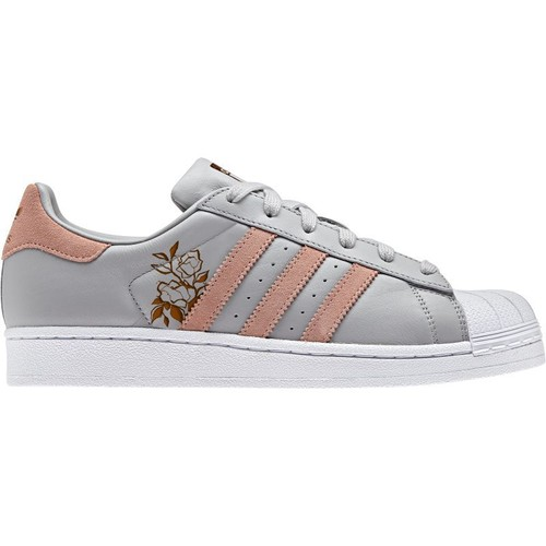 competitive price a05b3 d6f92 Baskets Adidas Superstar taille 39