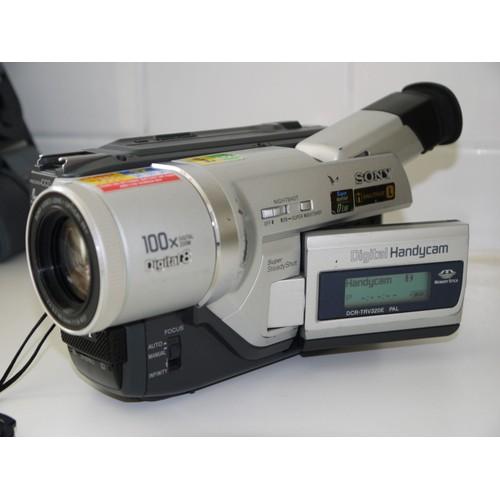 Camescope sony dcr trv120e pas cher ou doccasion sur priceminister camescope sony dcr trv120e fandeluxe Gallery