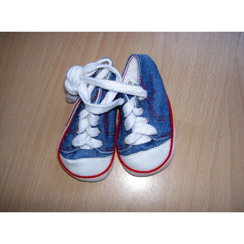 wholesale dealer f08f4 adc03 Chaussures-Bleues-Blanches-Et-Rouge-Style-Basket-Naissance-0-3 -Mois-847736598 L.jpg