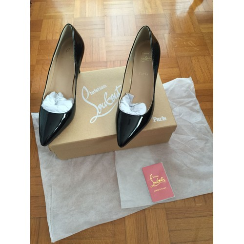 occasion louboutin 38