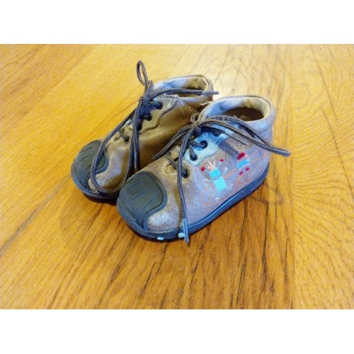 03046a92dc743 chaussures bebe orchestra
